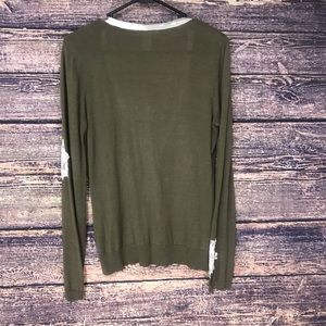 Design Theory Sweaters - Design Theory green patch flower cardigan Large